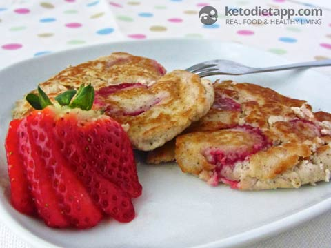 |Strawberry Ricotta Pancakes