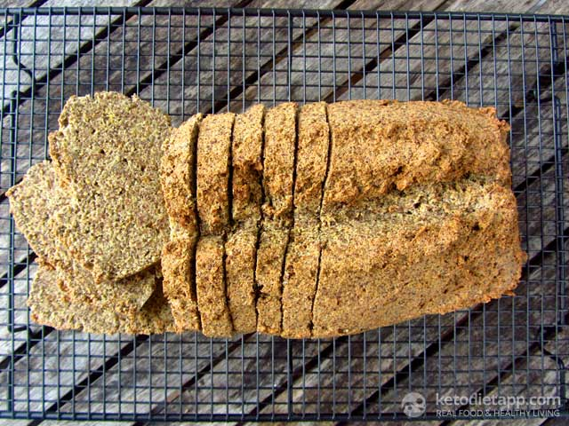"Ben's Low-Carb ""Rye"" Bread"