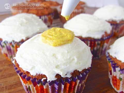 Keto Easter Cupcakes