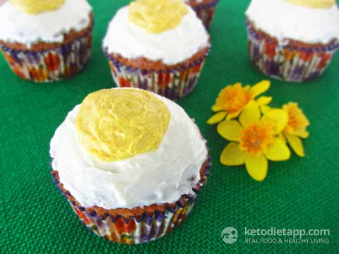 Low-Carb Easter Cupcakes