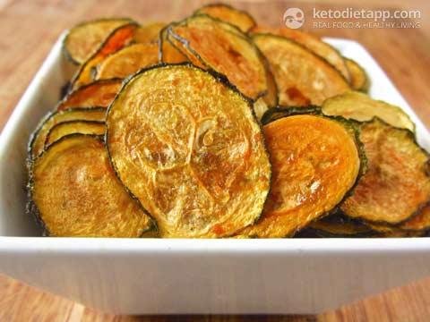 Spicy Zucchini Chips (KetoDiet)