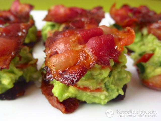 Crispy bacon topped with Guacamole is a popular low-carb snack