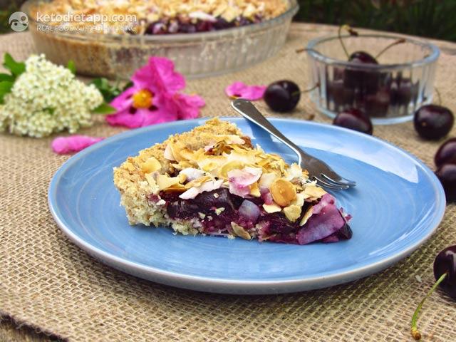 Dark Cherry Crunch Pie | The KetoDiet Blog