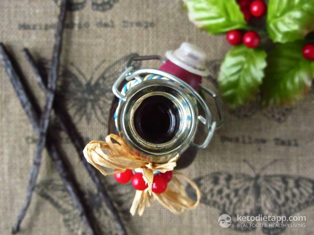 Homemade Sugar-Free Vanilla Extract