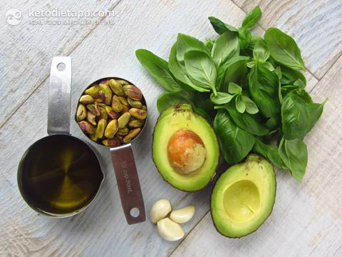 Paleo Avocado Pesto