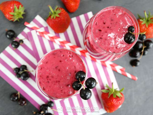 Summer Blackcurrant Smoothie