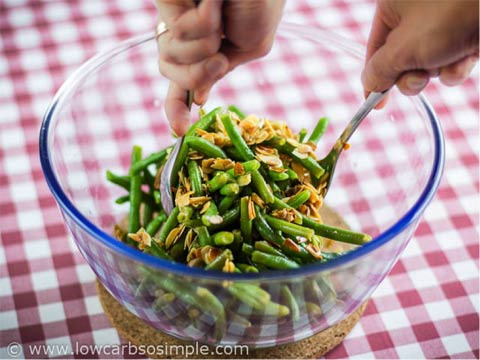 Green Beans with Lemon and Almonds