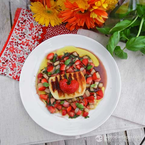 |Grilled Halloumi With Strawberry & Cucumber Salsa