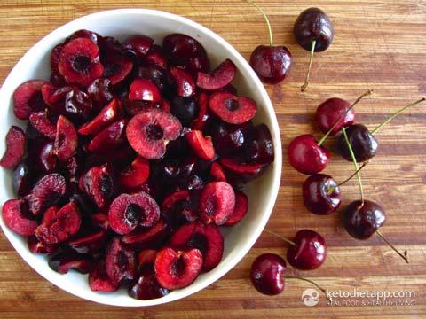Low-Carb Cherry Amarenata