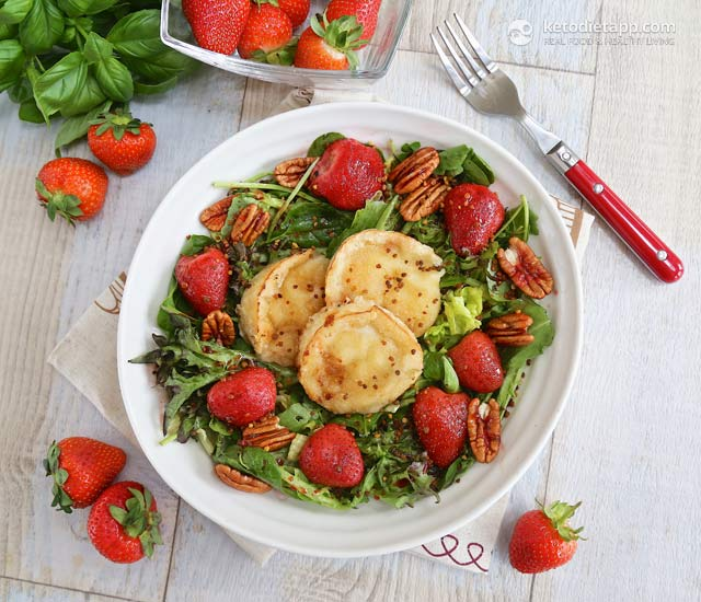 Roasted Strawberry & Goat Cheese Salad | The KetoDiet Blog