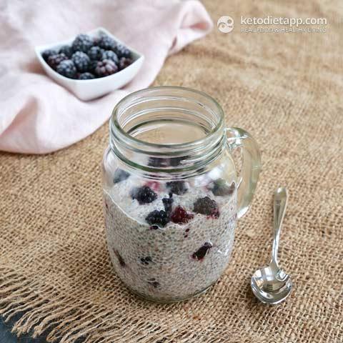 Pudim De Chia De Baixa Carb Berry