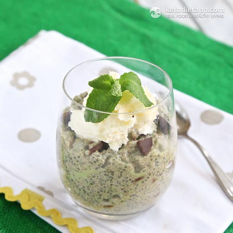 |Mint & Chocolate Chip Chia Pudding
