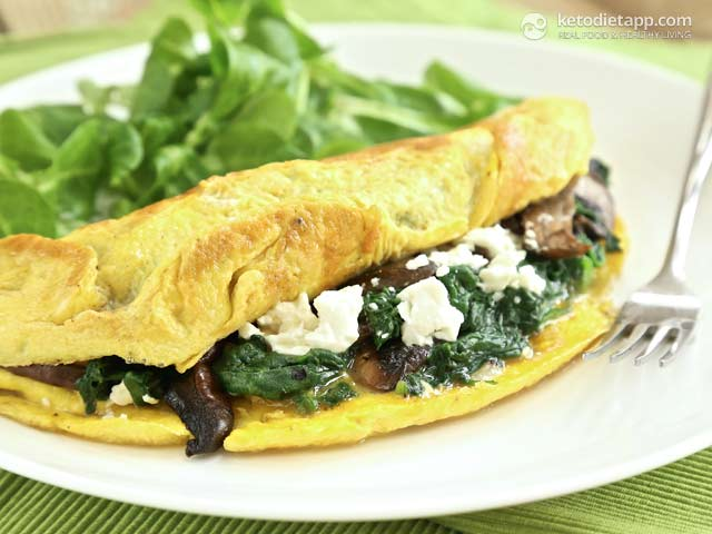 Easy Spinach & Feta Omelet