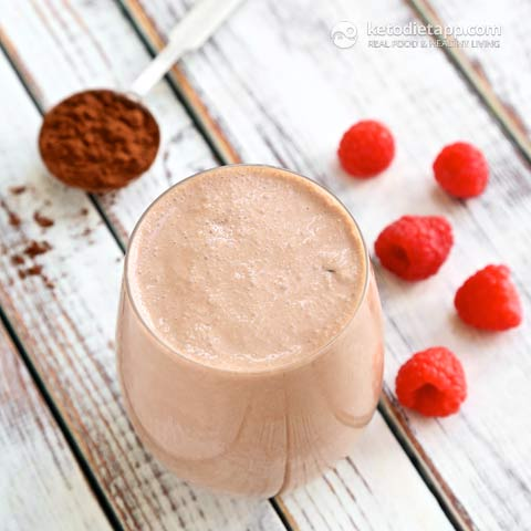 Keto Raspberry & Chocolate Cheesecake Smoothie
