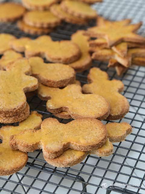 Nut-Free Keto Gingerbread Cookies