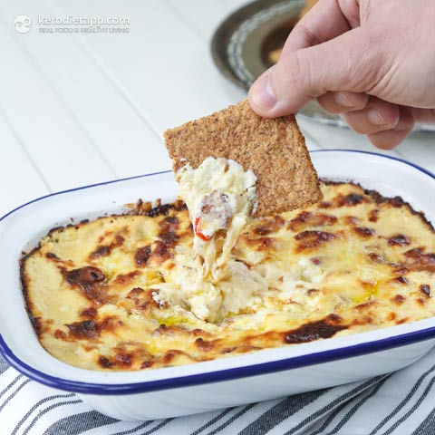 Low-Carb Cheesy Bacon Dip