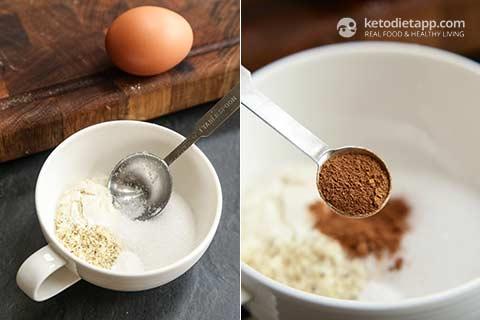 Keto Eggnog Mug Cake