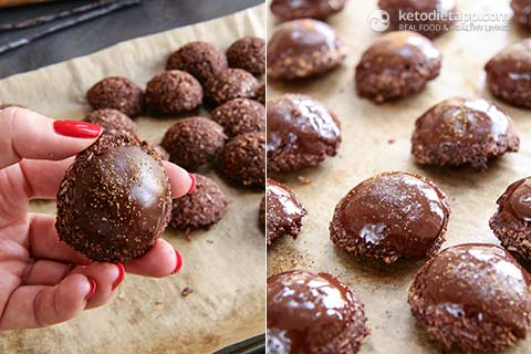 Keto Double Chocolate Macaroons