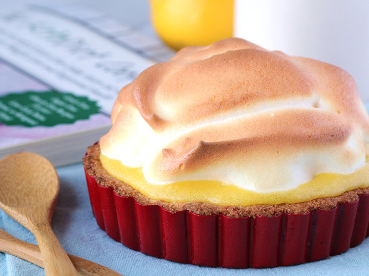 Keto Lemon Meringue Tartlets