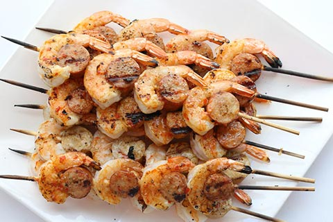 33 Low-Carb & Paleo Skewers for a Barbecue
