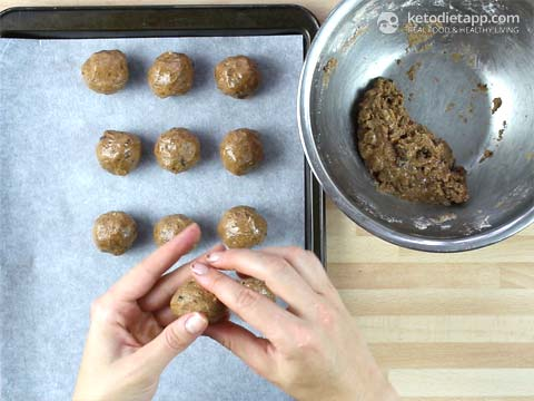 Healthy Cookie Dough Truffles (low-carb, keto, paleo