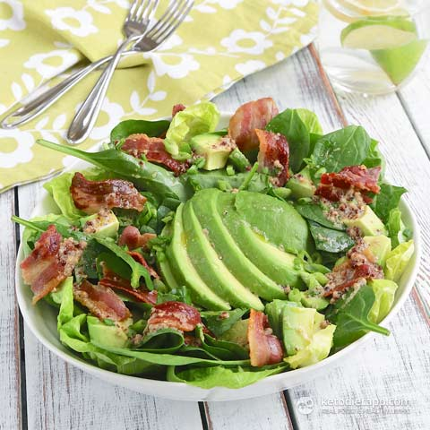 Easy Low-Carb Avocado & Bacon Salad