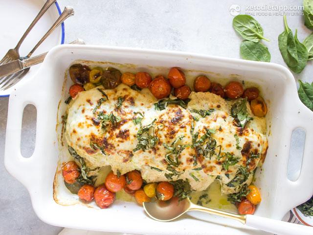 Low Carb Pesto Caprese Chicken Casserole The Ketodiet Blog