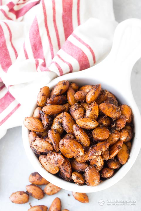 Low-Carb BBQ Roasted Almonds