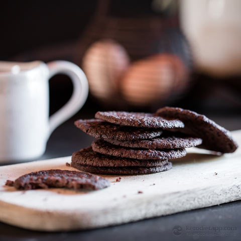 Low-Carb Mocha Lace Biscuits