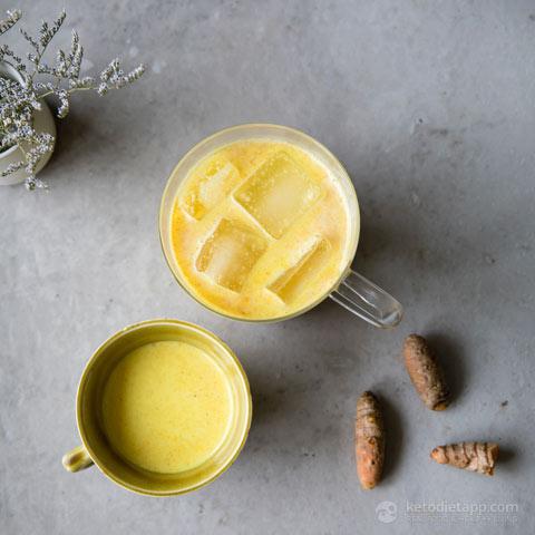 Keto Golden Turmeric Iced Latte