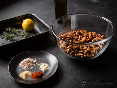 Keto Savory Spiced Pecans | The KetoDiet Blog