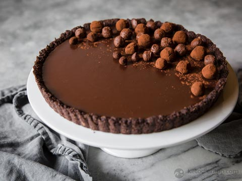 Low-Carb Chocolate & Cardamom Ganache Tart