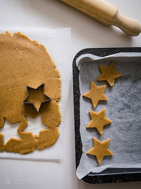 Low-Carb Cinnamon Stars