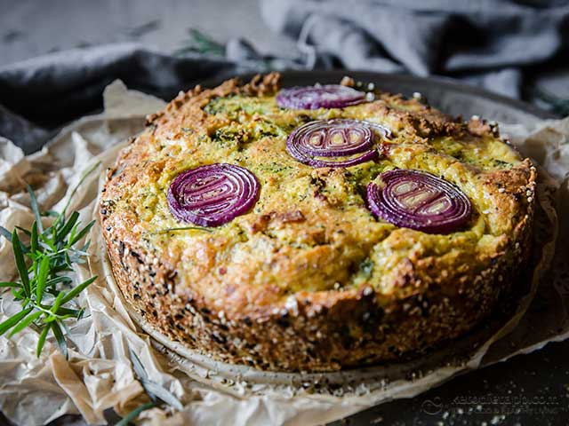 Low-Carb Broccoli Cake