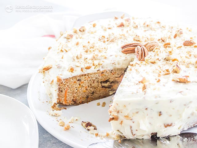 Healthy Low-Carb Carrot Cake