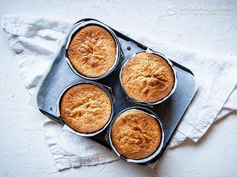 Low-Carb Victoria Sponge Cakes