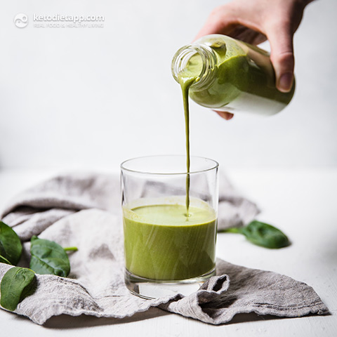 Not-Your-Average Low Carb Green Smoothie