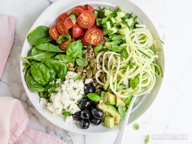 Healthy Vegetarian Greek-Style Superfood Bowl