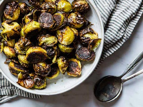 Low-Carb Crispy Roasted Brussels Sprouts