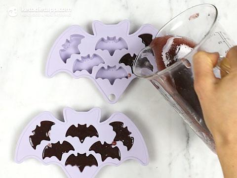 Spooky Halloween Blackberry Jelly Bats