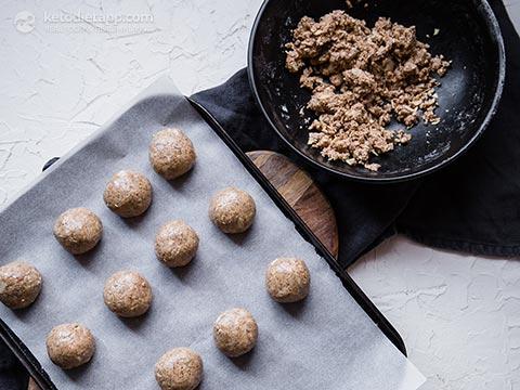 Healthy Keto Almond Protein Balls