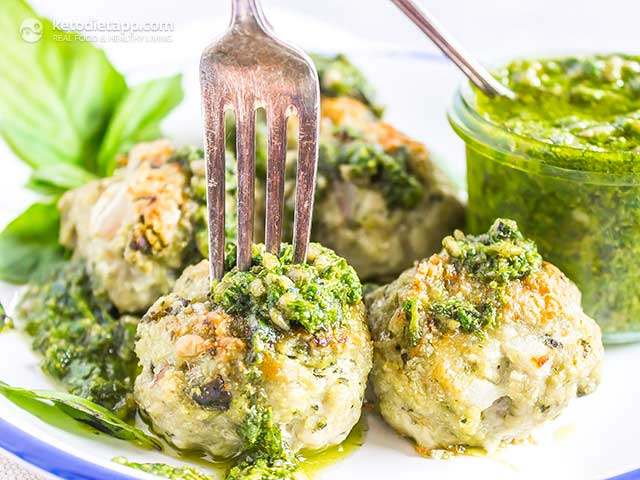 Low-Carb Chicken Pesto Meatballs