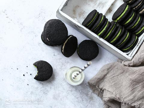 The Best Low-Carb Oreo Cookies