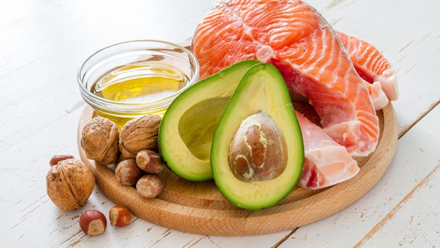 Complete Guide to Fats & Oils on a Low-Carb Ketogenic Diet