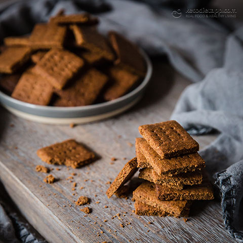 Homemade Low-Carb Graham Crackers
