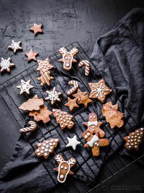 Decorated Low-Carb Gingerbread Cookies