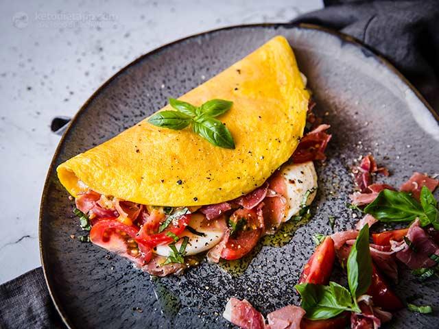 Easy Italian Melt Omelet