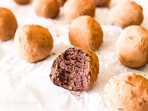 3 Ingredient Keto Chocolate Truffles