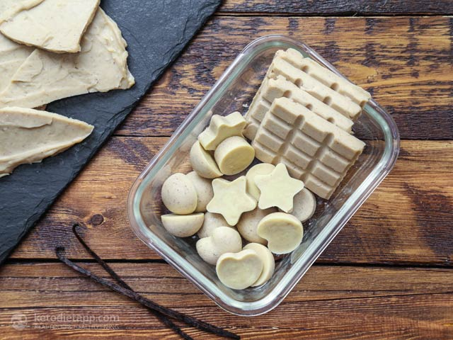 The Best Keto White Chocolate