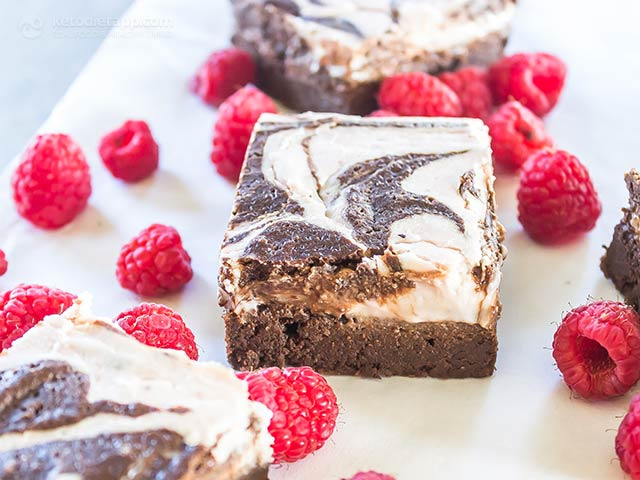 Raspberry Cheesecake Keto Brownies